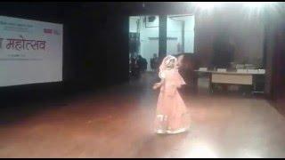 Pyar Tohse Karab Ho (Girl' style dance on Bhojpuri song 14 Feb 2016) Delhi