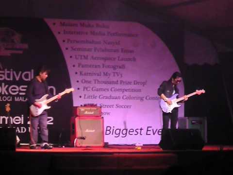 Shahrul Ekamatra-INSTRUMENTAL [Live] UTM Konvo ke 48- 2012