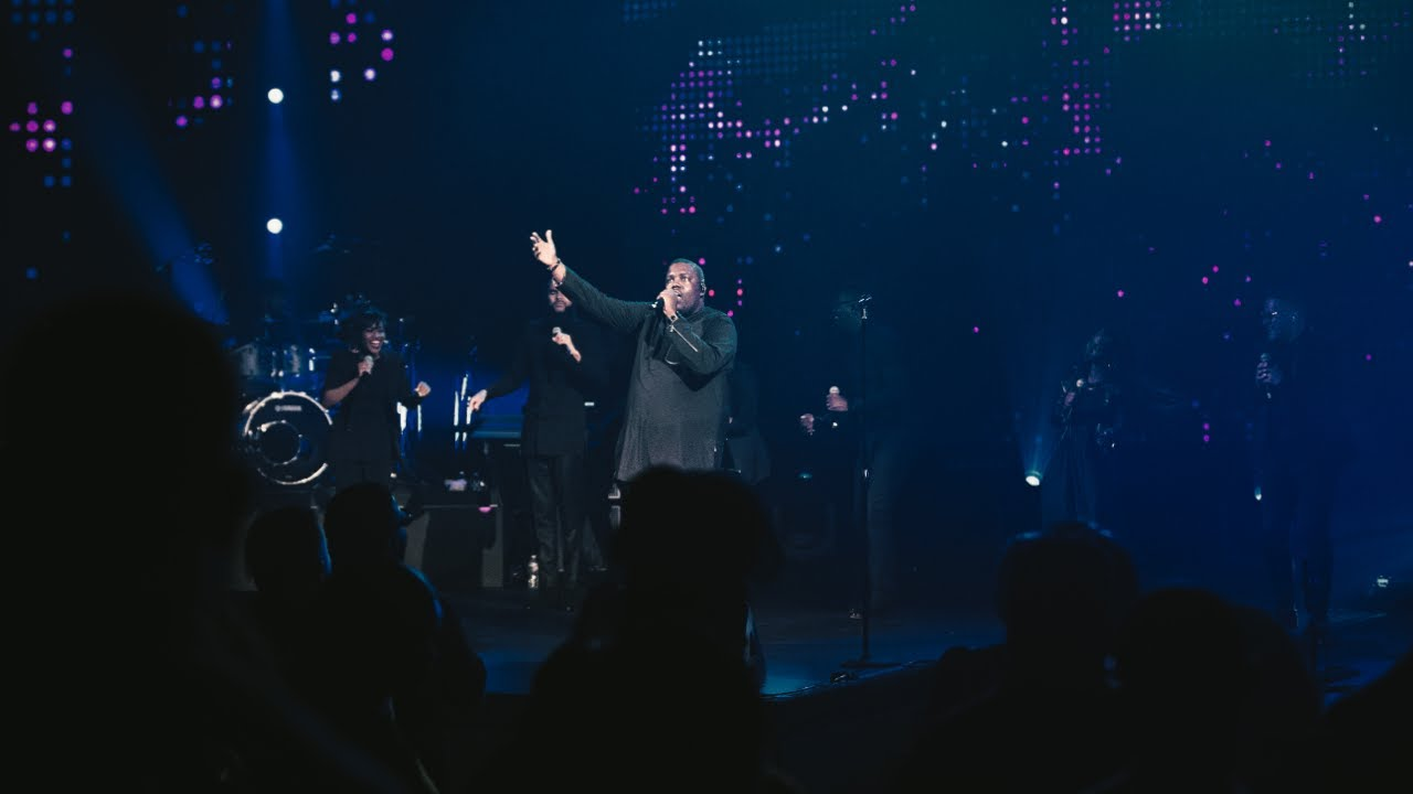 Finished Work - William McDowell ft. Daniel Johnson (Official Live Video)