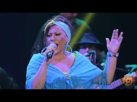 Maria Victoria-Oyá Live