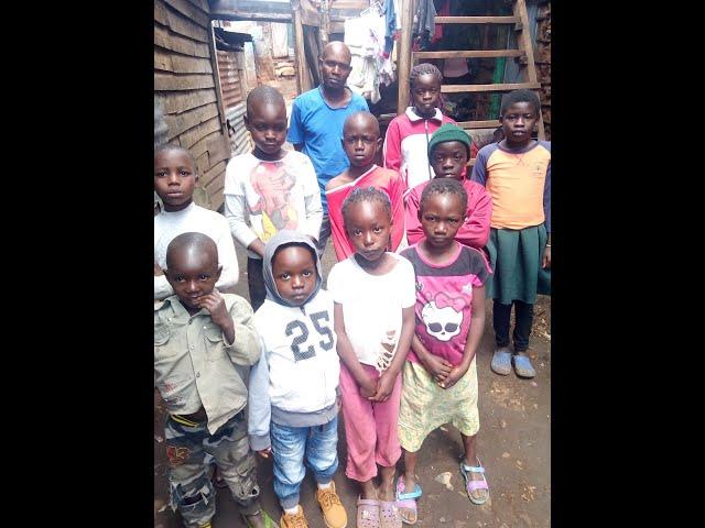 Children Greeting WFF GMFC Kibera Slum