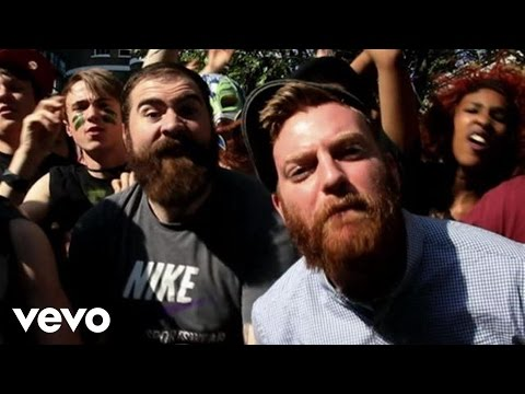 It Must Really Suck To Be Four Year Strong Right Now (Lip...