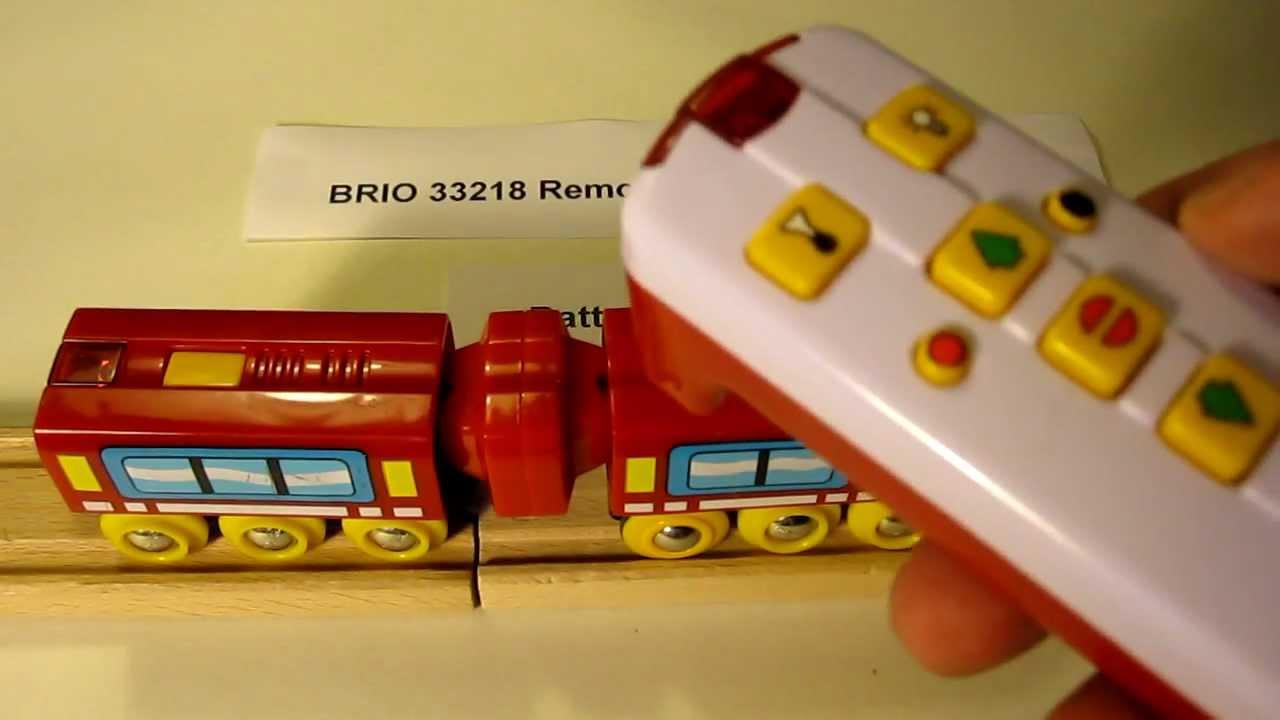 Brio 33218 Remote Control Express Train Battery Change Youtube