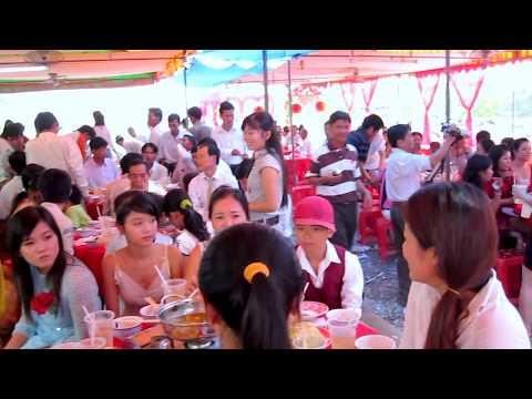 A wedding in Mộc Hóa