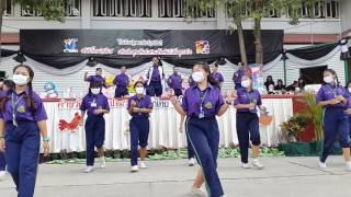 ม.4/2  โรงเรียนสุขุมนวพันธ์อุปถัมภ์  เต้นงานวันเด็ก  2017