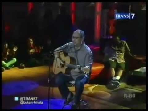 #4 Ebiet G.Ade & Adera - One Night With Ebiet G.Ade - Bukan Empat Mata 04 July 2012 - Trans7.flv