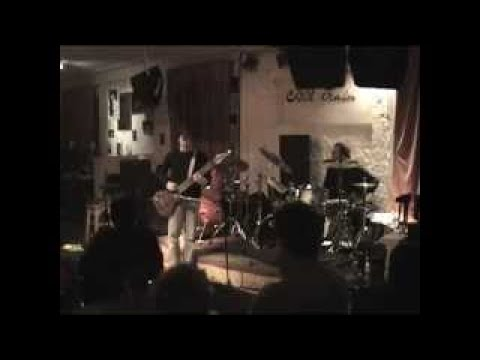TU (Gunn / Mastelotto) vesves Sonus Akrobata Moscow, Russia, 2004 04 19 (Aftershow)