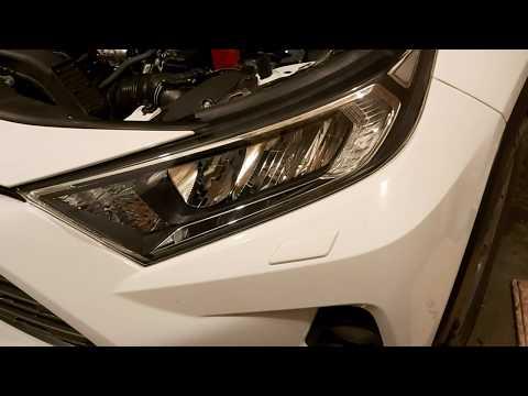 Как самому поднять фары с автоуровнем на Toyota RAV4 2.0 CVT 4WD Комфорт 2020г.
