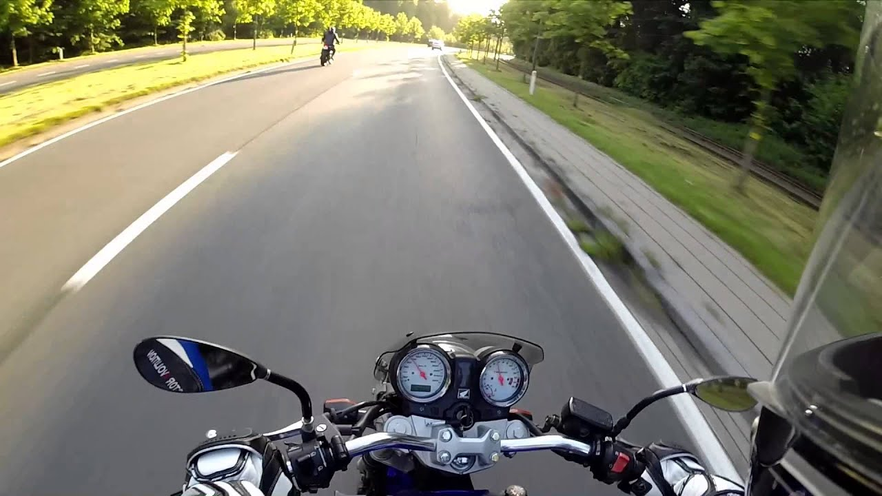 ducati monster 1100 vs honda hornet 600 - youtube