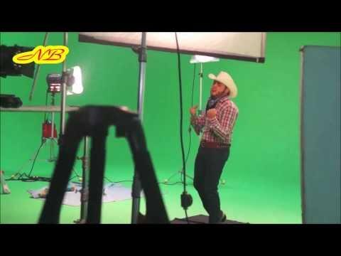 Gerardo Ortiz ..Mañana Voy A Conquistarla (Video) Estudio 2013