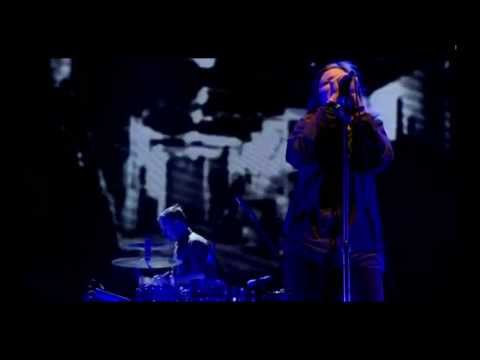 Portishead Live Glastonbury 2013 - Machine Gun