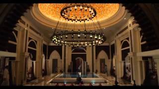 Отель Jumeirah Zabeel Saray - Дворецкий (short version)(В центре ролика — еще одна наша героиня, персональный дворецкий в отеле Jumeirah Zabeel Saray. Подробнее об отеле:..., 2014-03-04T06:35:18.000Z)