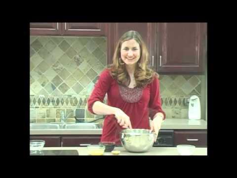 VegNews TV: Low-Fat Gingerbread Cookies