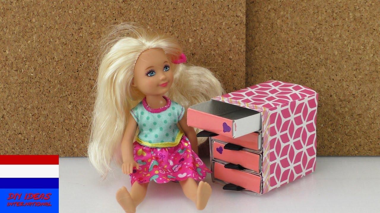 Zelf knutselen commode voor poppenhuis van for Poppenhuis voor barbie