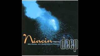 ヴァン・ヘイレンのカバー曲でやんす。 格好良いでやんす! ('∇^d) ナイ...