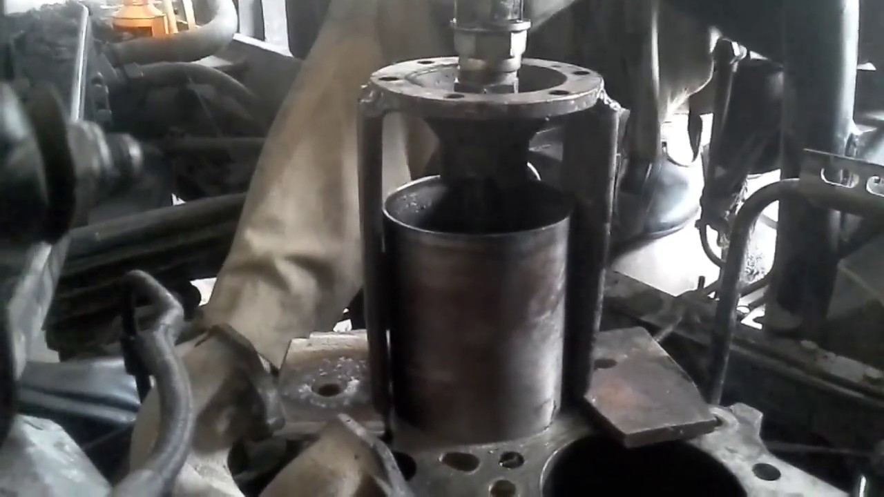 Dry Sleeve Cylinder Liner Removal - YouTube