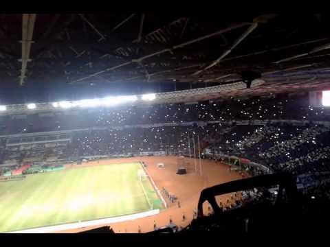 Viking dan Aremania - Indonesia RAya , Padamu Negri di GBK || Final Piala Bhayangkara