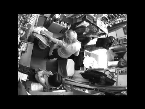 Видео Девушки в туалете рассказы