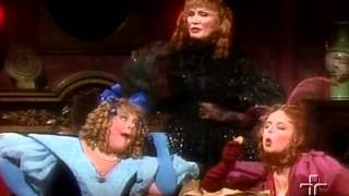 Cinderella - Contos de Fadas (Dublado e Completo)