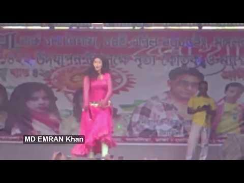 Hot Dance 2016 New Bangla DJ Songs পার্কের ভিতরে জটিল নাচ দেখাল এক মেয়ে