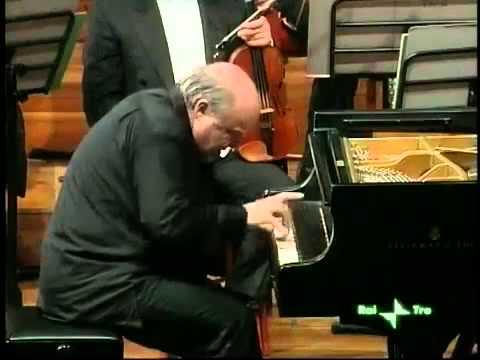 Alexander Toradze plays Prokofiev Piano Sonata no. 7 finale - video