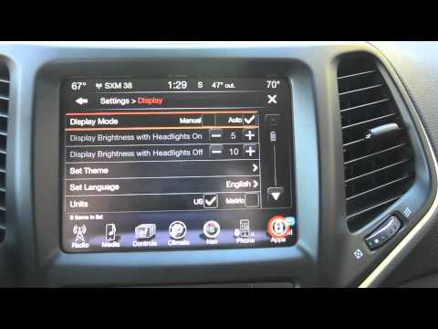 Jeep Cherokee 2014 >> Jeep Cherokee 2015: EVIC, UConnect - YouTube