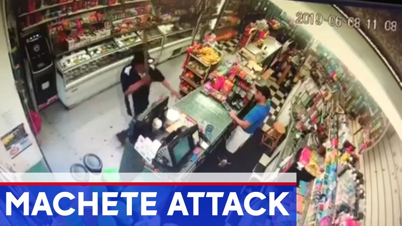 Hell's Kitchen deli worker slashed with machete