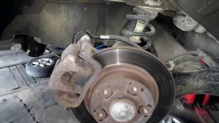 RENO GRANT SCENIC 3 замена колодок электро ручника и ремонт штекера
