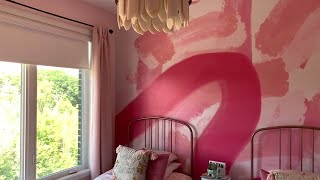 The bold and beautiful bedroom makeover your daughter will love
