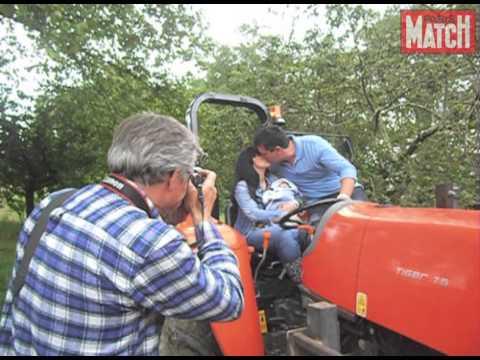 L 39 amour est dans le pr un tracteur et un b b youtube - Cars et les tracteurs ...