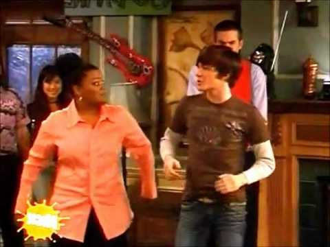 Drake and Josh  Everybody singing We will rock you