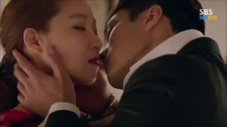 Video Master's Sun Ep 9 Kiss Scene [Eng Sub] download MP3, 3GP, MP4, WEBM, AVI, FLV April 2018