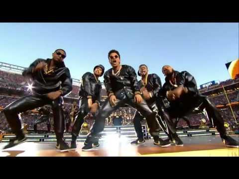 1Beyoncé & Bruno Mars Crash the Pepsi Super...