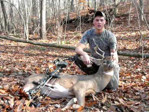 First 2009 Buck Down for Mark Kenyon of Wired To Hunt - YouTube