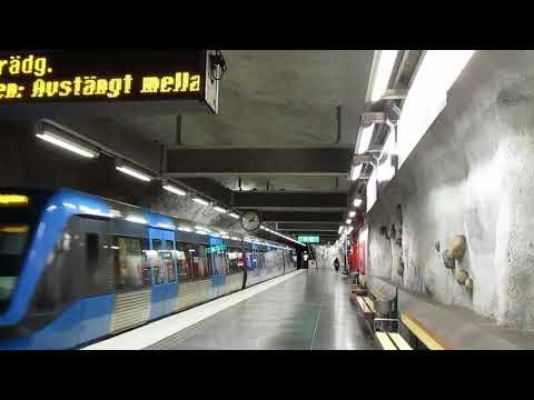 Stockholm metro, T14: Nackrosen. Train to Kungsträdgården