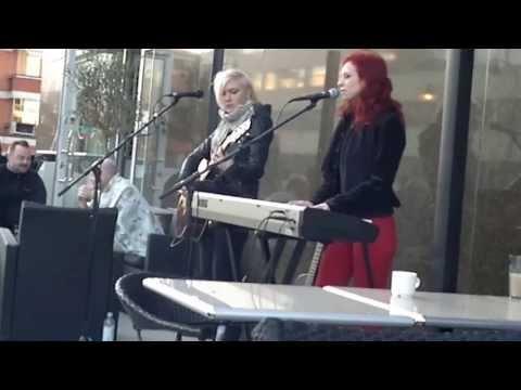Jonsu&Emppu at cafe Segeli Kotka 20.04.2013 acoustic part2