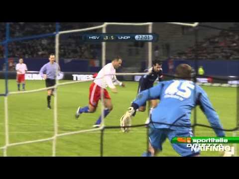 Figo Hamburg Match against Poverty 13-12-2011.wmv