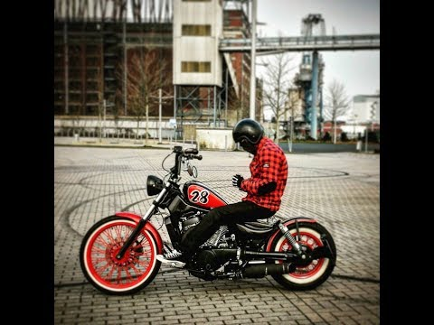 Bobber Riding Suzuki Intruder VS750 and M800 Bremen