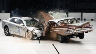 1959 Chevrolet Bel Air vs. 2009 Chevrolet Malibu IIHS crash test