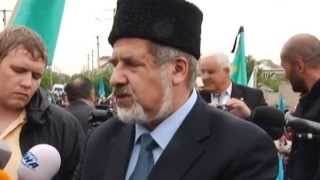 Russia Cracks Down on Tatars: Security forces raid Crimean Tatar assembly