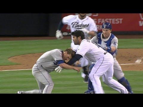 Vin Scully sorts out the Dodgers-Padres commotion