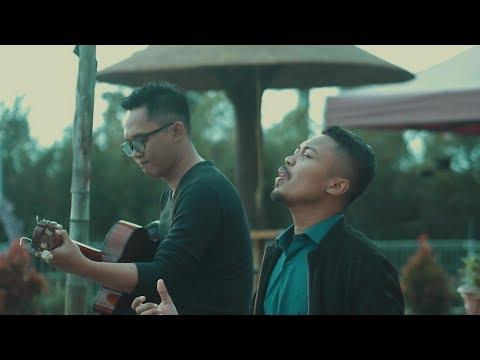 Sebujur Bangkai - Rhoma Irama Acoustic Cover By Indra & Very