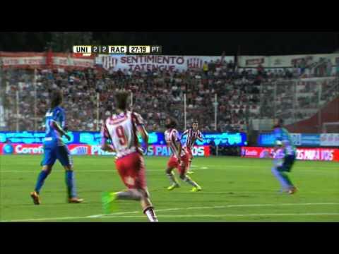 Racing le ganó a Unión en un partidazo a puro gol en Santa Fe
