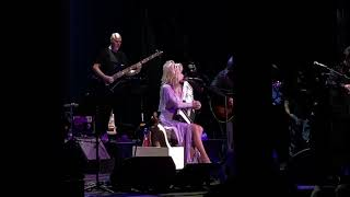 "4K Video - Dolly Parton Singing ""My Coat of Many Colors""  - Ryman Auditorium in Nashville Tennessee"