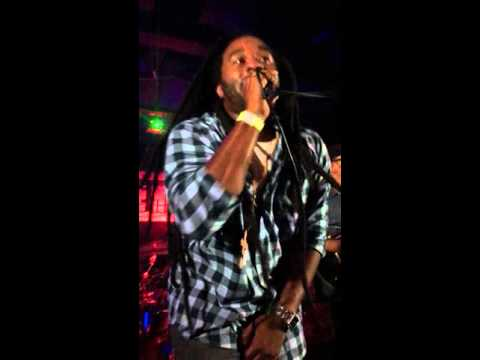 Arise Roots - Love You Right live at the Gaslamp Long Beach 10/3/15