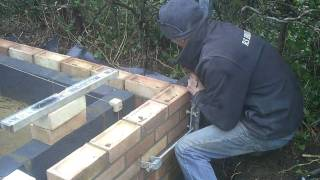 the fine art of brickwork - Overhand work - setting up the profile (1 of 4)