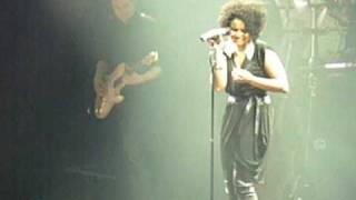 Schiller - Under my skin (mit Kim Sanders) (Live in Hamburg 2010)