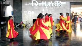 "DIAMONDS Praise Dance Company Performing ""Jesus Is the Reason for the Season"" by:Kirk Franklin"