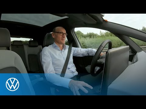 Volkswagen brand boss Ralf Brandstätter: on the road with the ID.3 ¹