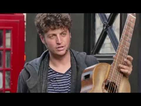 Edinburgh Fringe Festival  Tom Ward  Superb Guitarist  UHD4K